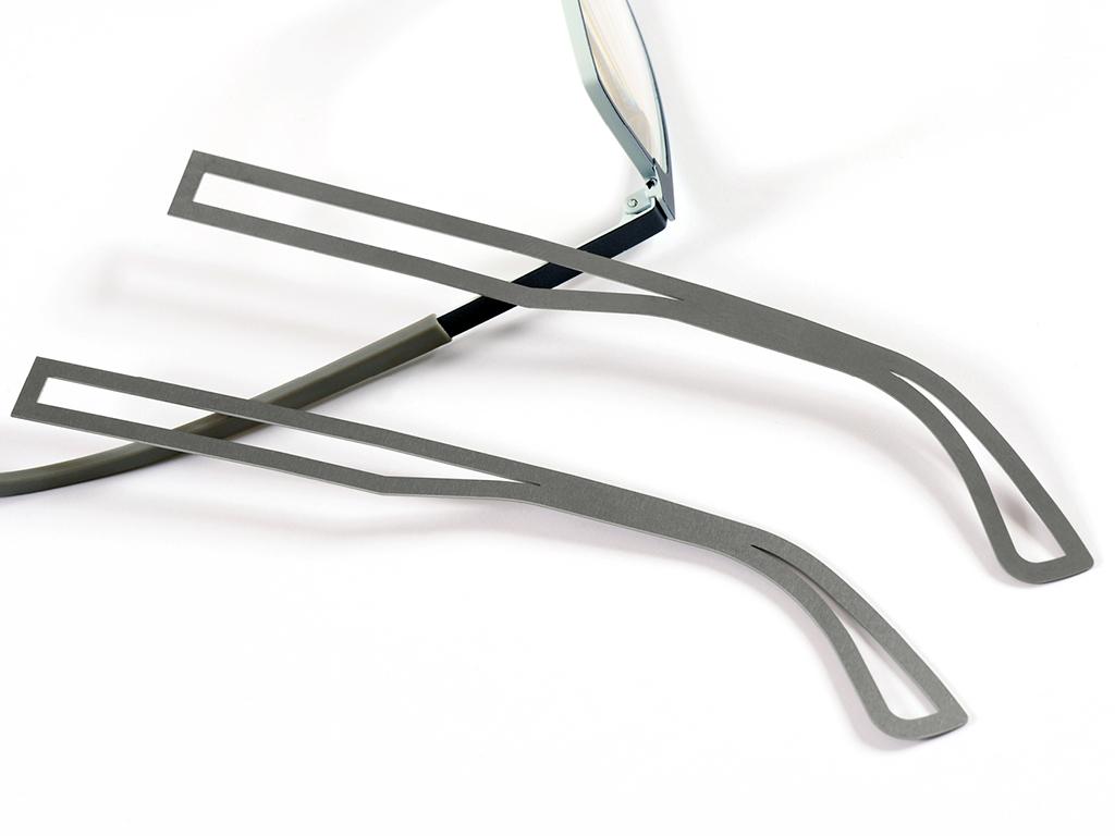 <h1>Laserskæring</h1><p>Titanium emner.<br />Materiale tykkelse 0.60 mm.</p>