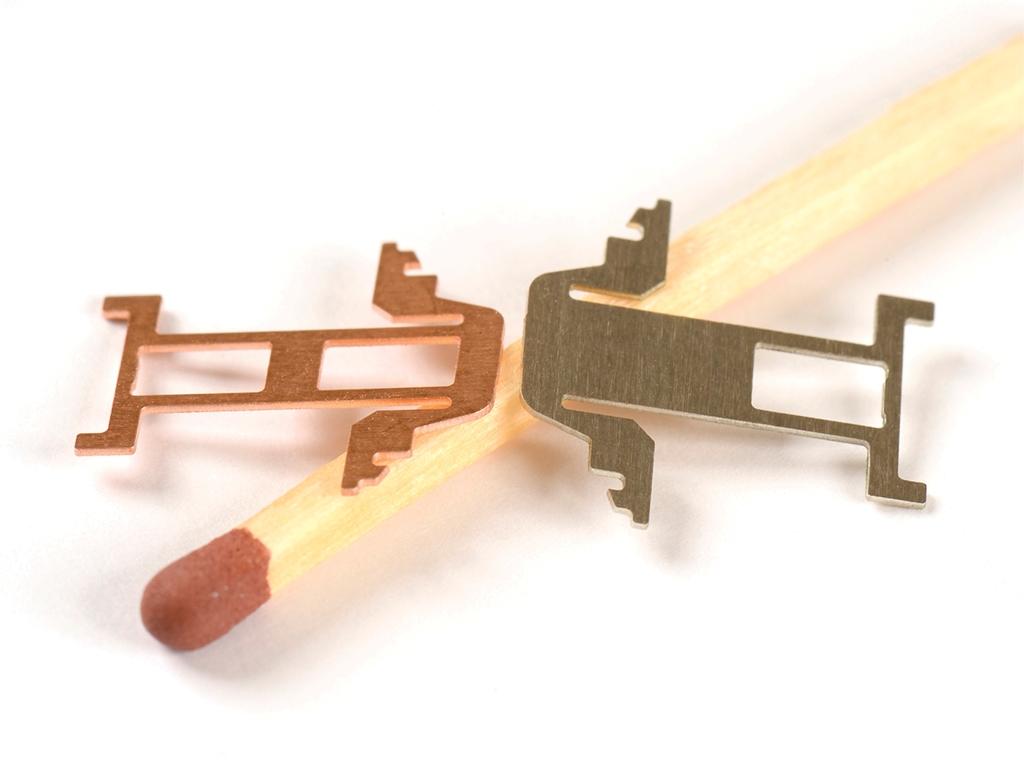 <h1>Laserskæring</h1><p>Kobber og Nysølv emner.<br />Materiale tykkelse 0.30 mm.</p>