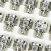 <h1>Data Matrix, Stregkoder, QR koder</h1><p>Udføres efter kundetilpassede dimensioner og på forskellige materialer.<br> Eksempel som vist på rustfri stål emne.<br />Eloxerede aluminium, plast eller malede emner er også muligt.</p>